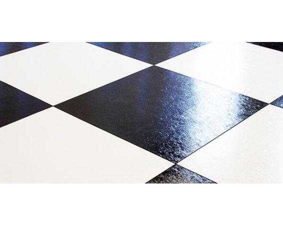 Floor - Black & White